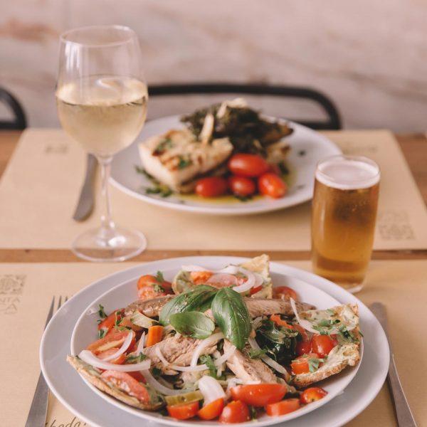 Salada Portuguesa e Bacalhau à Lagareiro